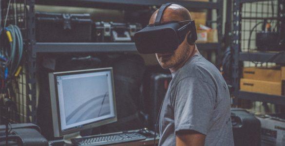 Industry 4.0 Robots Human workforce